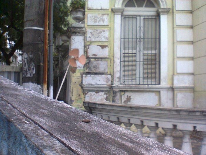 Ventilador-Catavento apossado. Acervo particular do COLETIVOmonográfico, 2012.