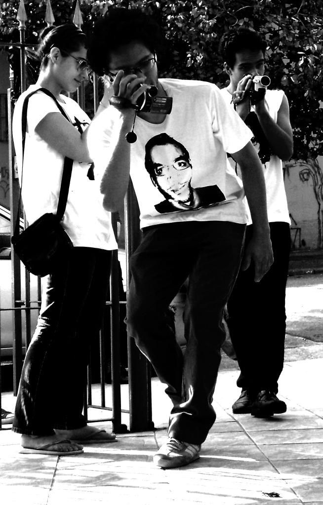 Ação realizada no Beco da Arte, SP, Dez. de 2009